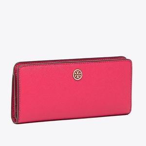 Authentic Tory Burch leather slim snap wallet 🌺